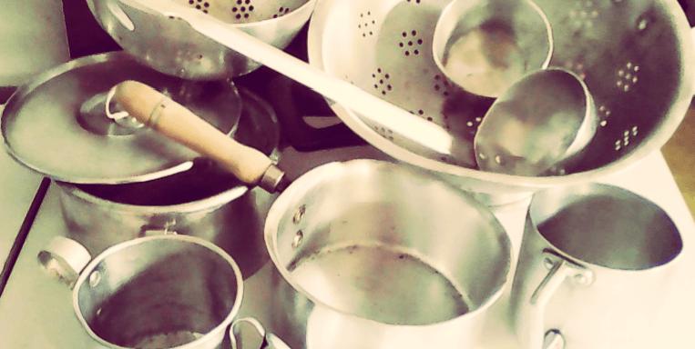como curar cacerolas de aluminio